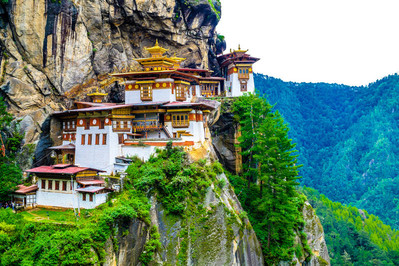 shutterstock_242969983_ Bhutan_ in a mountain cliff.
